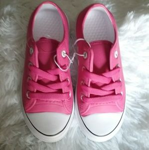 Other - Brand new little girls size 13 pink foam shoes